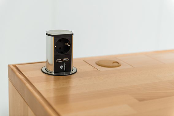 Benchalist Einbau-Drucksteckdose mit 2 USB-Ladevorrichtungen