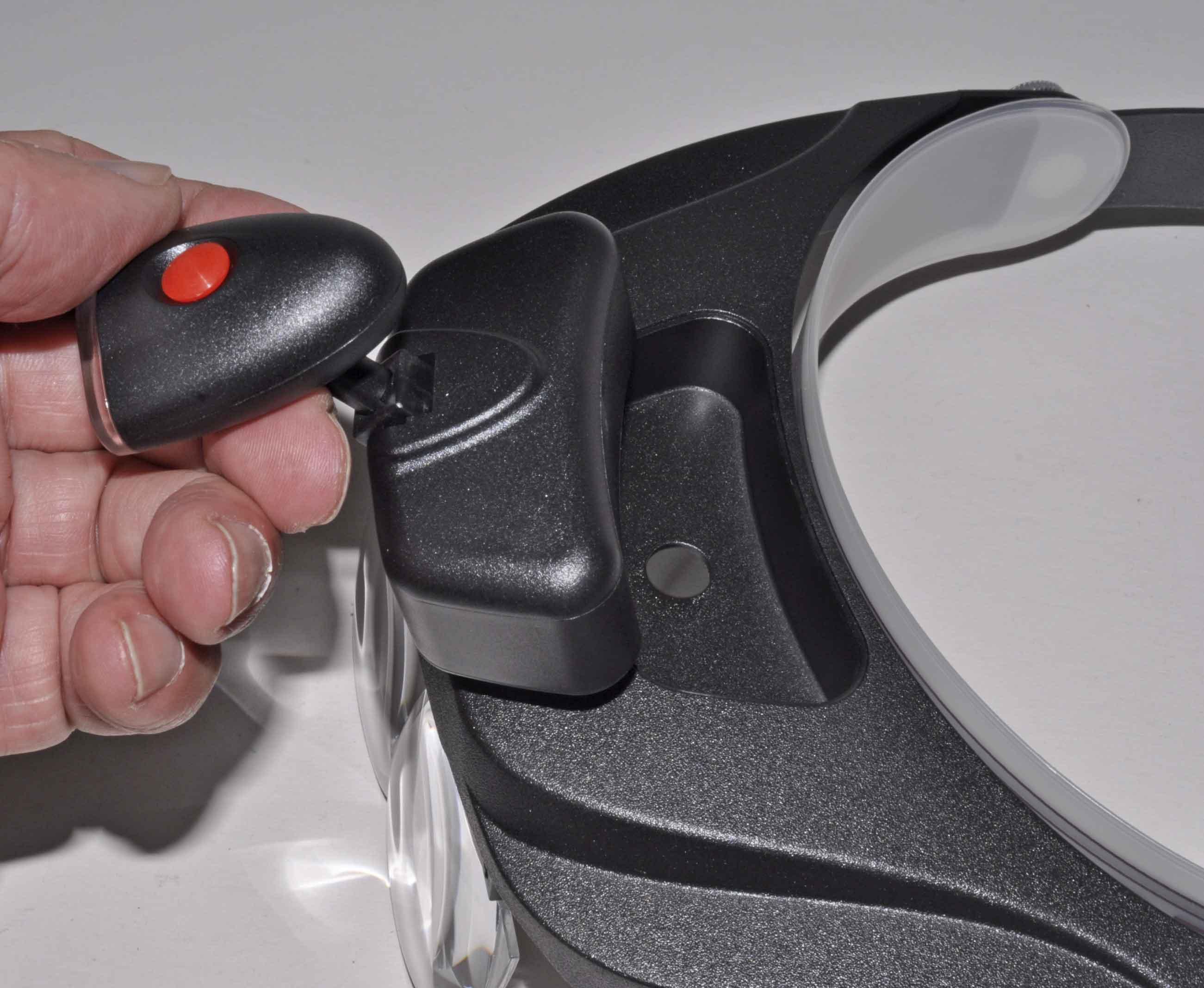 LED-Strahler mit Magnetplatte